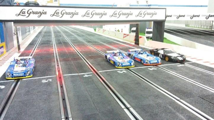 Cotxes de la segona màniga.